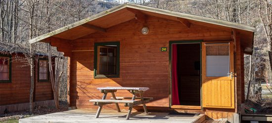 https://www.camping-ecrins.com/wp-content/uploads/2019/02/chalet-cosy-ete-550x250.jpg